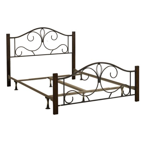 Hillsdale Furniture Destin Full Metal Bed with Cherry Posts
