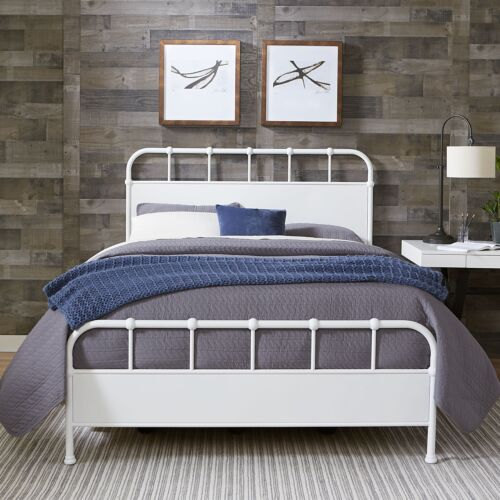 Hillsdale Furniture Grayson King Metal Bed in Textured White
