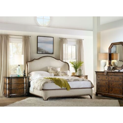 Hooker Furniture Archivist King Upholstered Shelter Bed