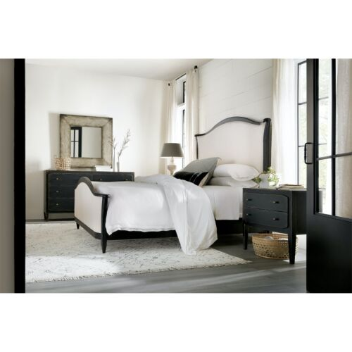 Hooker Furniture Ciao Bella California King Upholstered Bed in Black