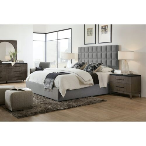 Hooker Furniture Miramar Aventura Moreno King Box Tufted Bed