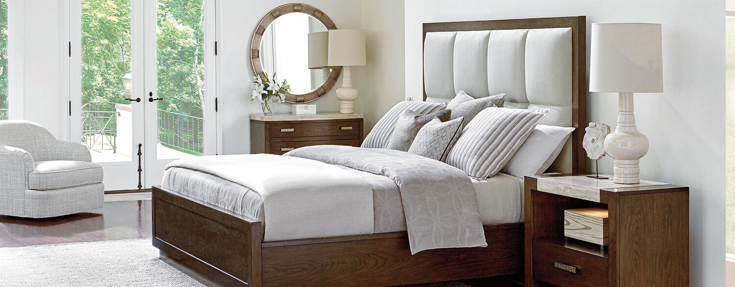 Lexington Laurel Canyon Casa del Mar Upholstered King Bed in a Room Setting